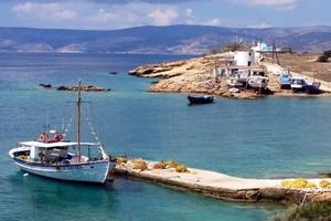 Koufonisi island_The boatyard and Windmill