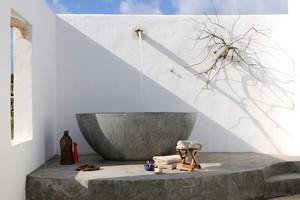 Villa Parathira Bathtub